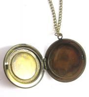 Foto 2 Blüten Amulett Kette