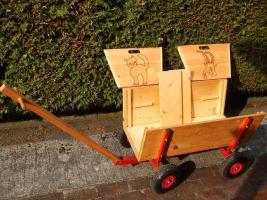 bollerwagen aus holz in hamb hren von privat kinderwagen babytragen. Black Bedroom Furniture Sets. Home Design Ideas
