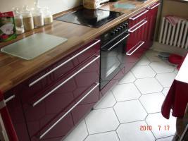 Foto 5 Bordeaux Hochglanz Küche