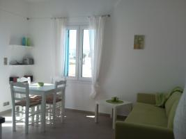 Brandnew apartmento on Naxos in Greece only 100 meters from the sea.