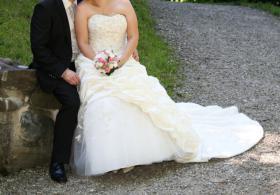 Foto 2 Brautkleid 42 neuwertig