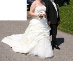 Foto 5 Brautkleid 42 neuwertig