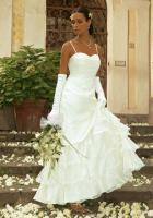 Brautkleid von Apart Gr. 36 creme