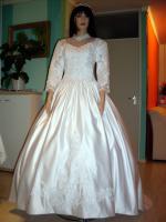 Brautkleid Gr. 34 - ungetragen – Neu - und - Sofort