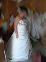 Brautkleid Reifrock Stola Handschuhe weiß bordeaux 48 50 52