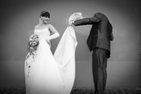 Foto 3 Brautkleid mit Schleppe