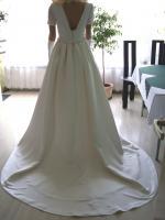 Foto 4 Brautkleid mit Schleppe Gr. 36/38 - Gebraucht