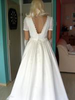 Foto 6 Brautkleid mit Schleppe Gr. 36/38 - Gebraucht