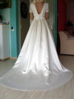 Foto 10 Brautkleid mit Schleppe Gr. 36/38 - Gebraucht