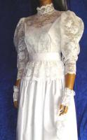 Foto 4 Brautkleid Tasche Handschuhe Haarschmuck 38 - 40 LILLY  Artikelzustand: Gebraucht wie Neu