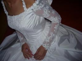 Brautkleid zu vermieten