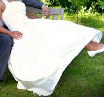 Brautkleid in einem zarten Elfenbein