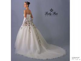 Brautkleid / Hochzeitskleid von Bridal Größe 36 bis 40
