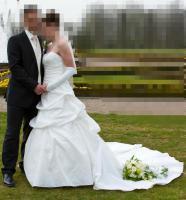 Foto 2 Brautkleid, Hochzeitskleid Gr. 38 von Kleemeier/Valerie + Zubehör