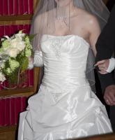 Foto 10 Brautkleid, Hochzeitskleid Gr. 38 von Kleemeier/Valerie + Zubehör