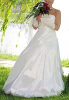 Brautkleid, creméfarben, Gr. 36