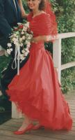 Brautkleid, in rot