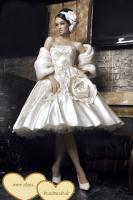 Foto 2 Brautkleider, Hochzeitskleider, Kommunionkleider, Blummenkinderkleider