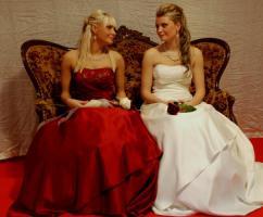 Brautmode, Hochzeitskleider mieten oder kaufen!