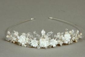 Foto 6 Brautschmuck - Handgefertigte edle Accessoires - Diademe, Tiara, Halsketten, Haark�mme aus Swarovski-Kristallen, S�sswasserperlen hochwertig verarbeitet