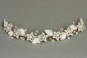 Foto 9 Brautschmuck - Handgefertigte edle Accessoires - Diademe, Tiara, Halsketten, Haark�mme aus Swarovski-Kristallen, S�sswasserperlen hochwertig verarbeitet
