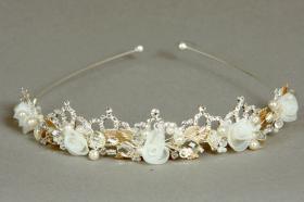 Foto 11 Brautschmuck - Handgefertigte edle Accessoires - Diademe, Tiara, Halsketten, Haark�mme aus Swarovski-Kristallen, S�sswasserperlen hochwertig verarbeitet