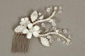 Foto 13 Brautschmuck - Handgefertigte edle Accessoires - Diademe, Tiara, Halsketten, Haark�mme aus Swarovski-Kristallen, S�sswasserperlen hochwertig verarbeitet