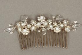 Foto 14 Brautschmuck - Handgefertigte edle Accessoires - Diademe, Tiara, Halsketten, Haark�mme aus Swarovski-Kristallen, S�sswasserperlen hochwertig verarbeitet