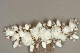 Foto 16 Brautschmuck - Handgefertigte edle Accessoires - Diademe, Tiara, Halsketten, Haark�mme aus Swarovski-Kristallen, S�sswasserperlen hochwertig verarbeitet