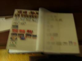 Foto 3 Briefmarkenalbum mit Briefmarken+Briefmarken+ anderes Album
