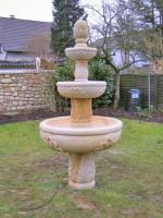 Brunnen und Vogeltränken