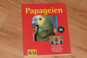 Foto 3 Bücher über Papageien