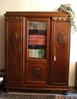 Bücherschrank antik