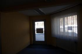 Foto 3 Büro oder Laden von ca. 65qm zu vermieten