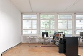 Büro-/Atelierplatz in aktiver Bürogemeinschaft