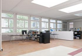Foto 2 Büro-/Atelierplatz in aktiver Bürogemeinschaft