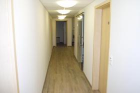 Foto 8 Bürofläche neuwertig saniert