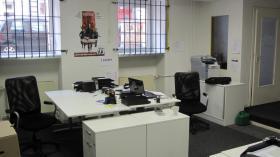 Büroplatz in angenehmer Atmosphäre zu vermieten