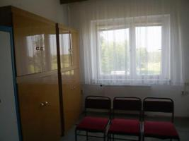 Teil-Möbliertes Büro 2