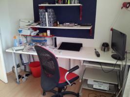Bürostuhl, Drehstuhl + Schreibtisch und Regal gratis dazu, Vilgot/Nominell