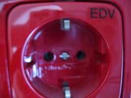 Foto 3 Busch- Jaeger Duro / Reflex Si EDV Steckdosen 84 Teile Posten 2513- 217 20 EUC rot