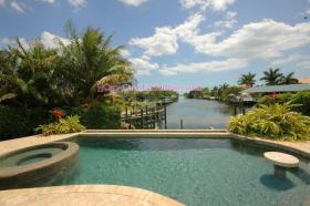 Foto 3 CASA FiORE- 5* Luxuspoolvilla mit Gulfzugang in Cape Coral, FL