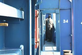 Foto 5 CNN TV STORY South Africa Kenya Somalia Piracy Problem PIRATEN ABWEHR  RADIO BREMEN /ZDF Abenteuer Wissen , Sicherheitsberater Spies  - Bericht FINANCIAL TIMES Deutschland