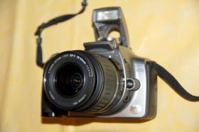 Canon 300D Digitale Spiegelreflkamera mit Standardobjektiv FP 99,00 €