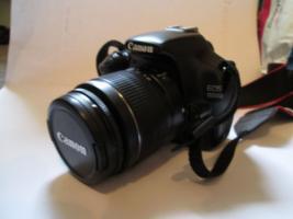 Foto 2 Canon EOS 1100D Kit + Zubehör & Garantie