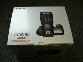 Canon EOS 5 D Mark III Kit inkl. Objektiv 24-105 mm L IS USM  + 8 GB SD Speicherkarte DeutscheWare
