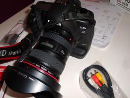Foto 2 Canon EOS 5D Mark II + 17-40 Canon L + Batteriegriff