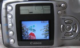 Foto 2 Canon EOS Digital Rebel Spiegelreflexkamera (Digitalkamera)