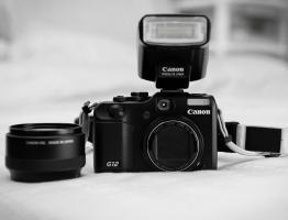 Canon G12 inkl. TOP-Zubeh�r und Garantie