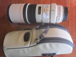 Canon Objektiv EF 300mm 1:4 L IS USM